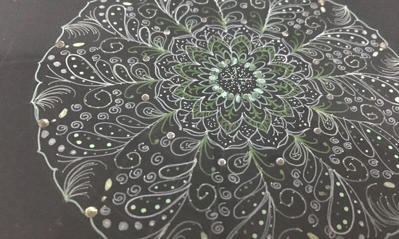 自由に点描曼荼羅