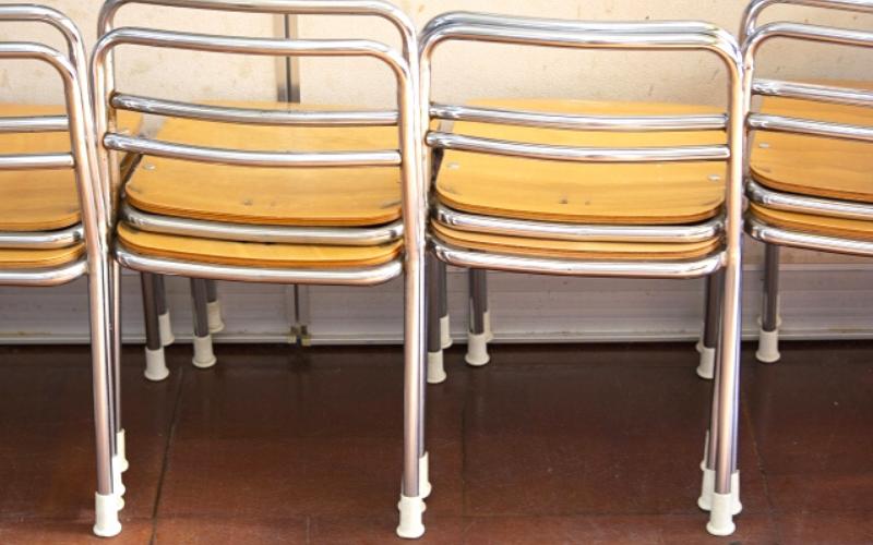椅子 小学校
