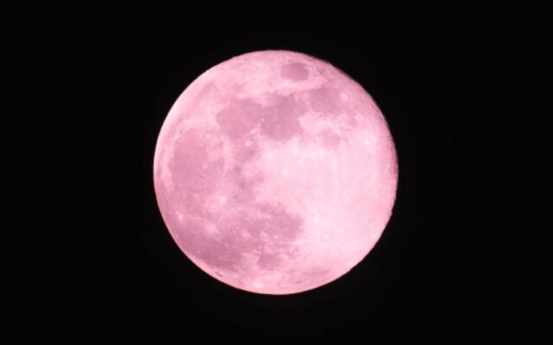 満月 ストロベリームーン